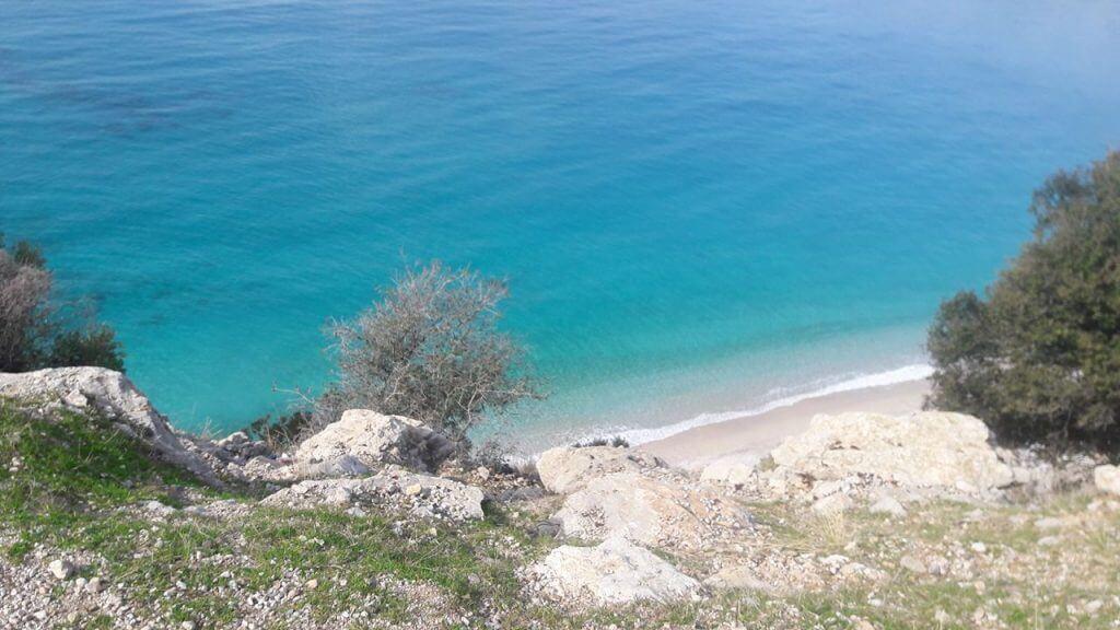 Faralya yolunda Bir Plaj