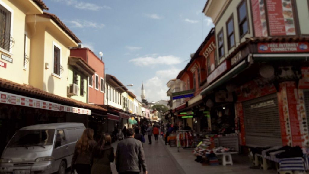 Kuşadası Çarşı Sokaklar Bazaar