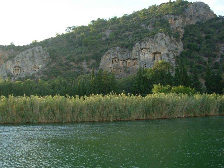 dalyan river ancient king tombs