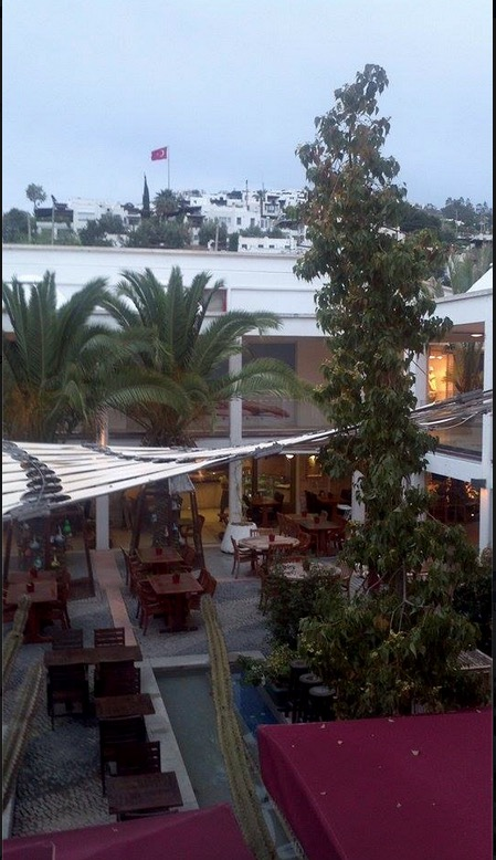 oasis bodrum malls shopping cafes