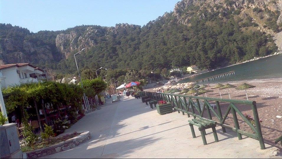 main beach in turunc