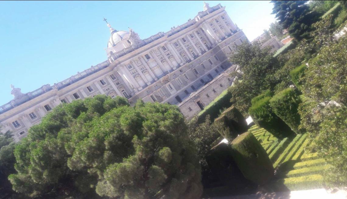 Palacio Real de Madrid saray ve bahçeler