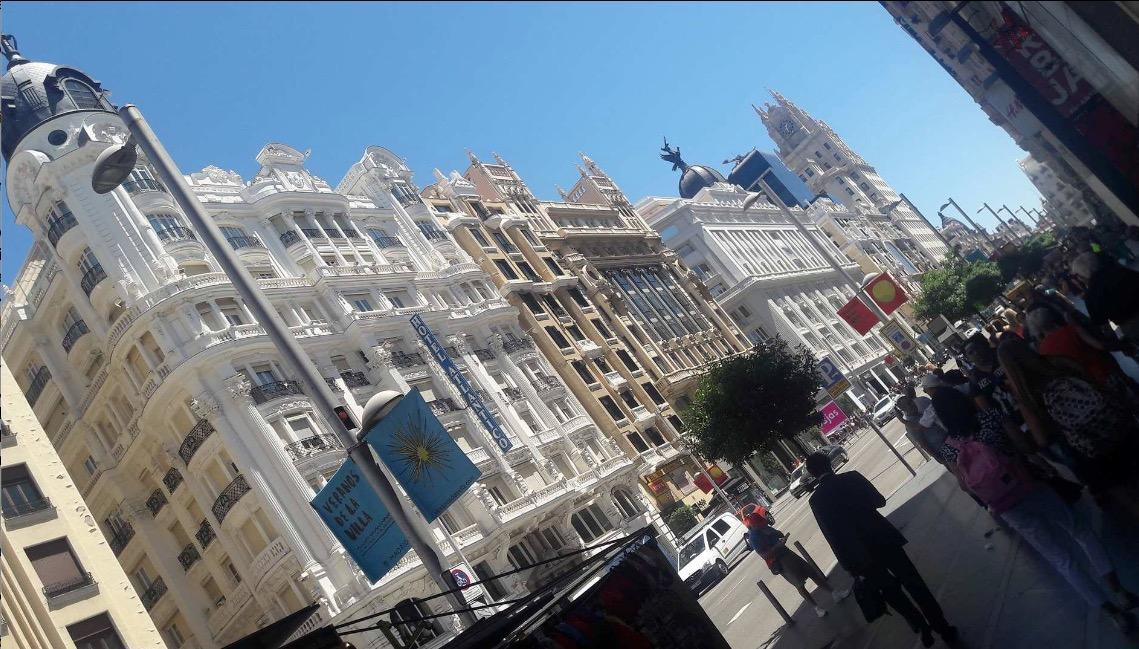 gran via ispanyol mimarisi güzel binalar