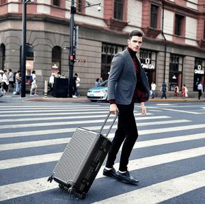 Clothink Aluminum Frame PC Hardshell Carry On Luggage