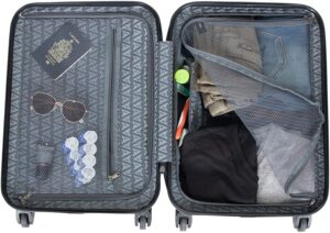 Heritage Travelware Lincoln Park 20-inch Interior
